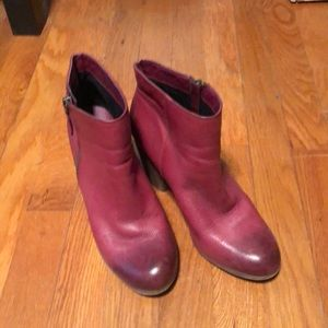 Red distressed BP bootie size 8